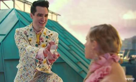 Left or right brendon urie taylor swift